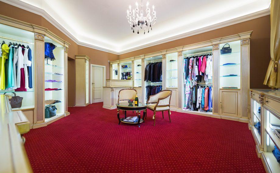 Millionaire fashion outlet